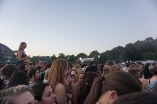 Crowd at Hozier